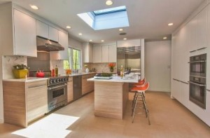 Simple-and-stylish-way-to-add-the-skylight-to-the-kitchen